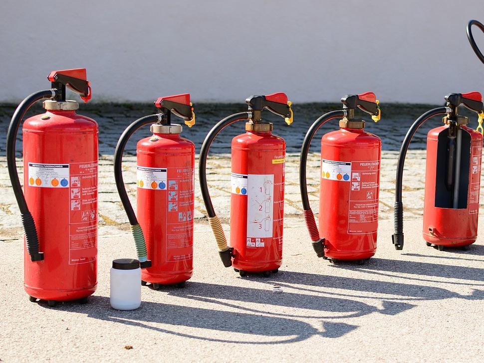 Einsatz und Auswahl von Feuerlöschern bei Löschübungen